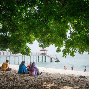 PLAYA TELUK DUYUNG (Monkey Beach)