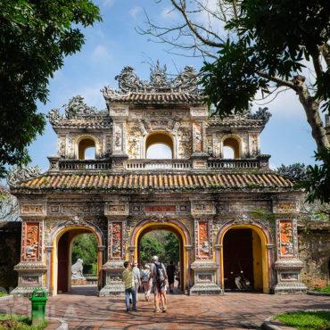 CHUONG DUC GATE