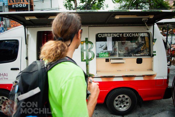 Oficina móvil de cambio de dinero