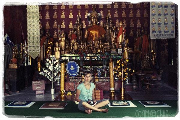 Carme inside a pagoda