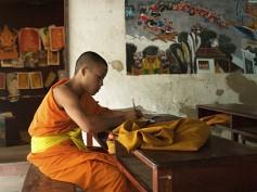 Escuela de arte para monjes en Luang Prabang
