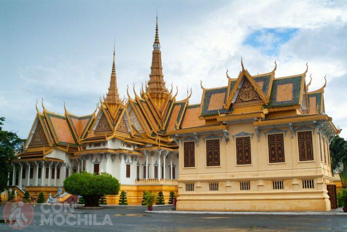 Vista posterior del Salón del trono