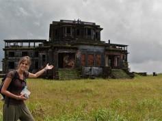 Cap. 16 – Bokor y la fantasmagórica estación de montaña abandonada