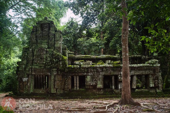 Uno de los edificios del templo