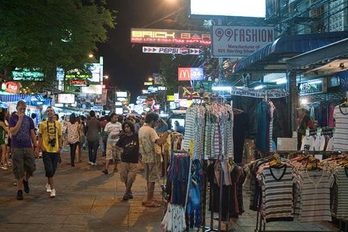 Puestos de venta de ropa en Bangkok