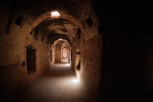 Túneles en el Palais Badii