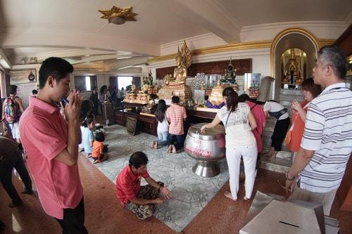 Interior del Wat Saket