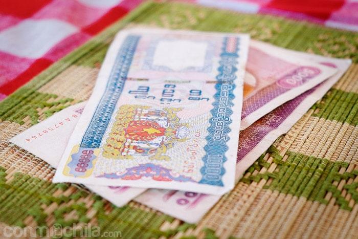 Billetes de Myanmar