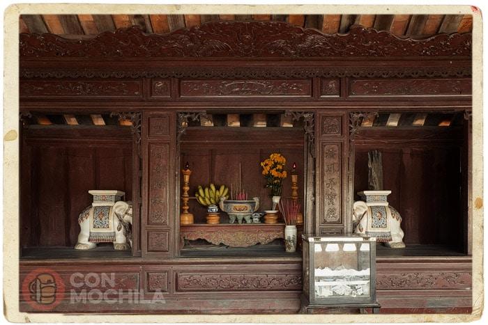 Altar en honor de la Sra. Thran Thi Dao