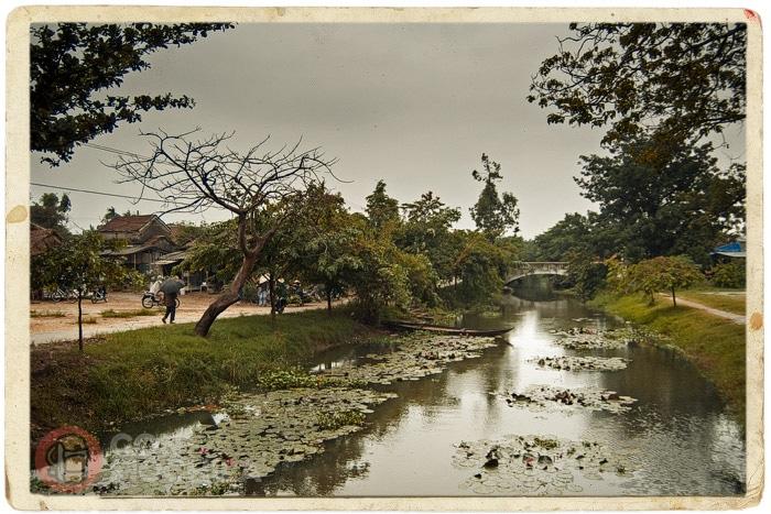 Vista del canal desde el puente. Foto 2006