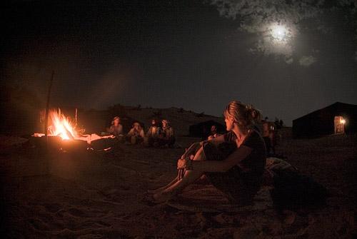 El final de la jornada con cánticos bereberes