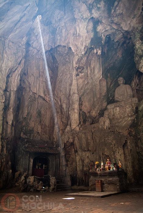 Rayo de luz en Linh Nham