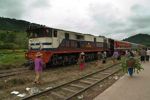 Ya llega el tren, y con el el estallido de movimiento