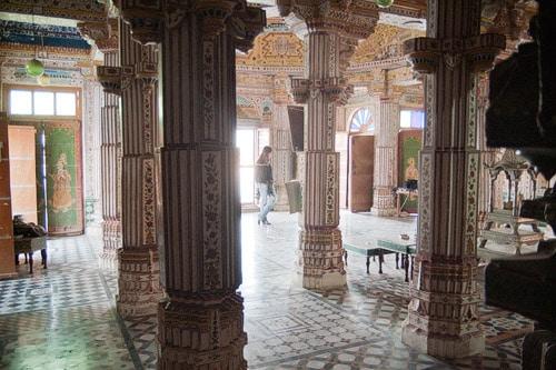En el templo Bhandasar
