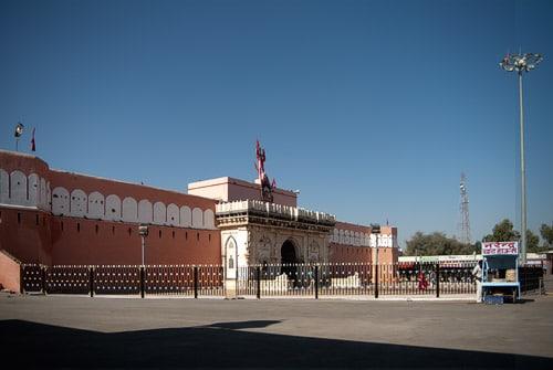 Vista exterior del templo
