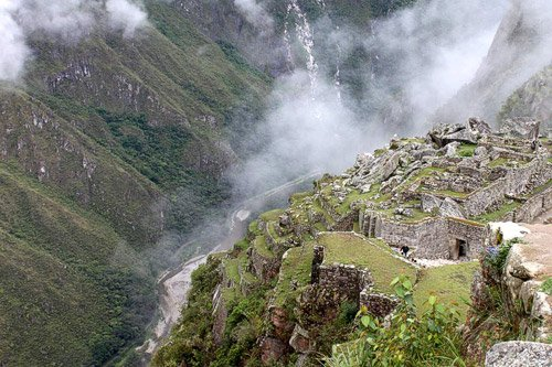 El camino visto desde Machu Picchu