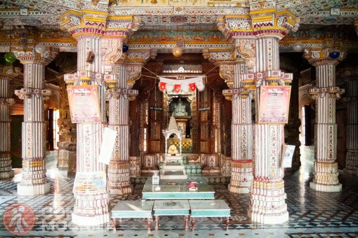 Altar del Bhandasar Jain Temple