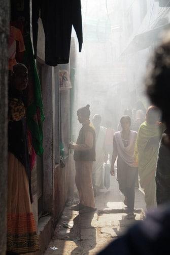Búsqueda de un restaurante en Ganga Mahal