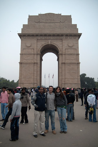 El father, Toni y yo en la India Gate