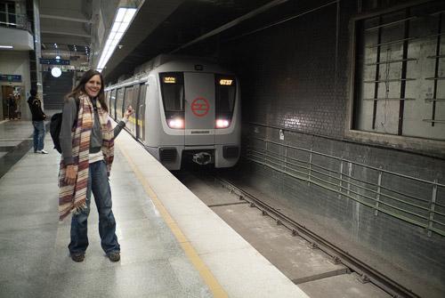 Que viene el metro! (y luego la mujer riñéndonos...)