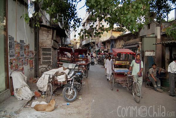 Entrada a la calle de los rickshaws