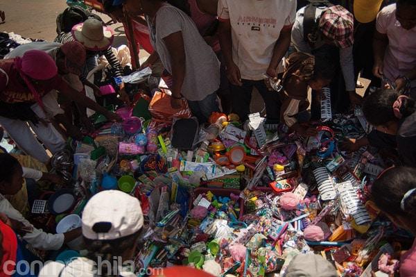 Cientos de objetos a la venta