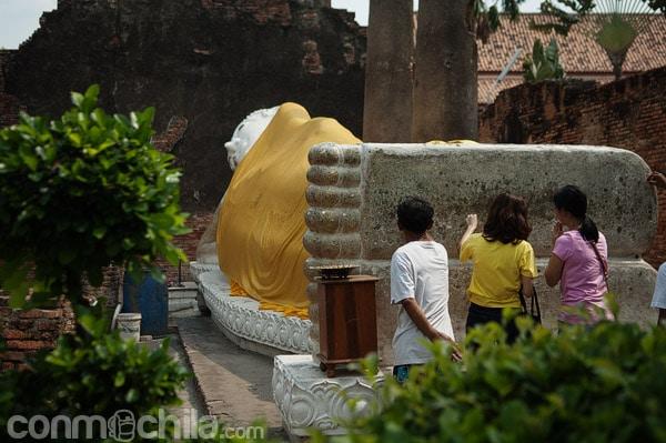 Otra imagen del Buda reclinado