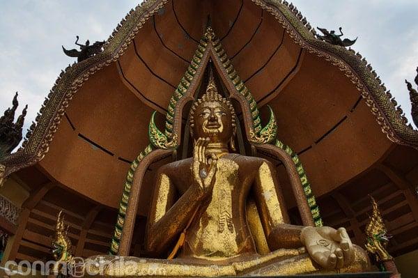 La inmensa imagen de Buda