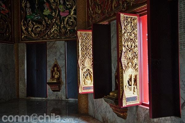 Detalle del interior de la pagoda