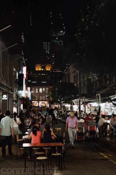 La Food Street de noche