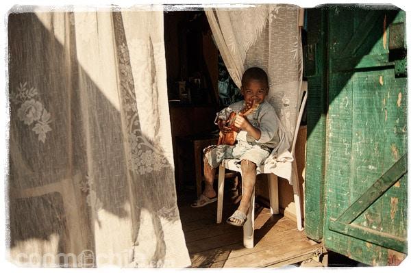 Niño gracioso en Antananarivo