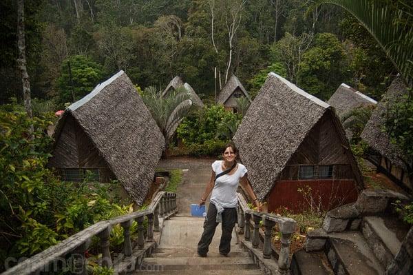 Escaleras de los distintos niveles de bungalows