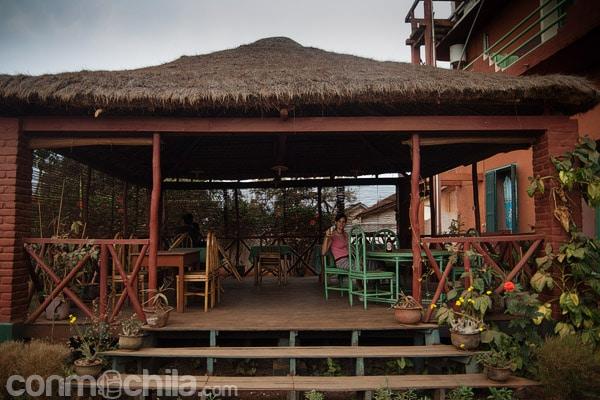 La terraza cubierta exterior