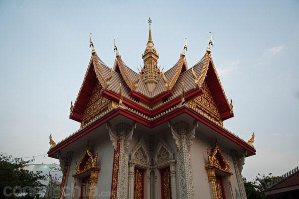 Detalle del templo más moderno