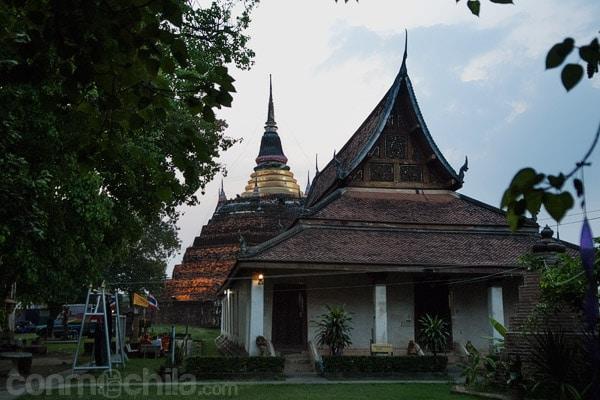 Vista general con la estupa original