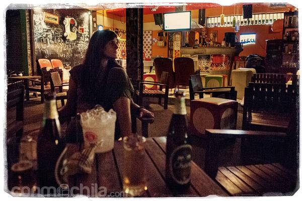 Y las cervecitas de rigor en el bar de copas