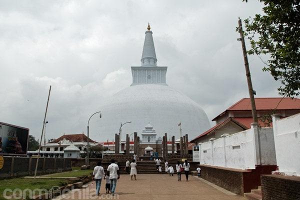 La Dagoba Ruvanvelisaya de Anuradhapura