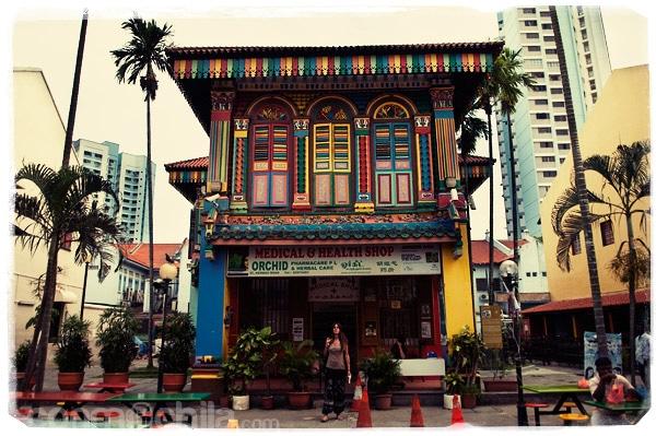 La colorida fachada del Tang Teng Niah