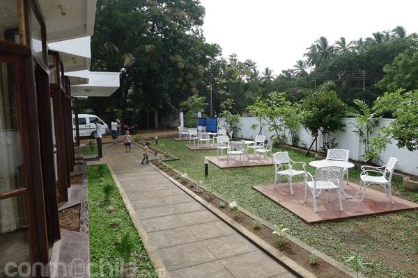 El jardín del hotel