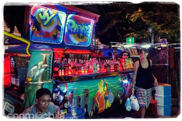 La furgo-bar famosa de Rambuttri