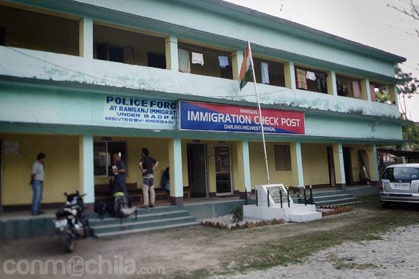 La oficina de inmigración india