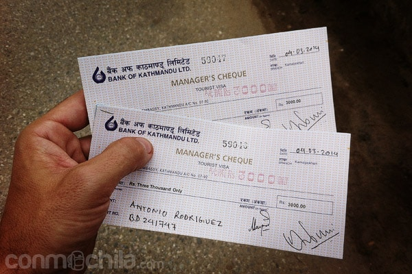 El cheque del pago de las tasas