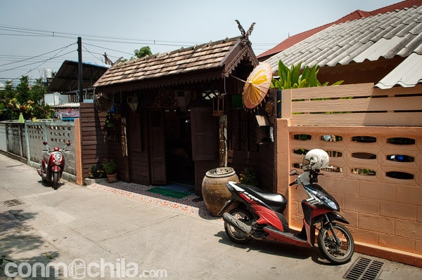 Entrada de la Ban Jun-Thip guesthouse