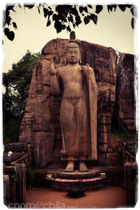 El gran Buda de Aukana