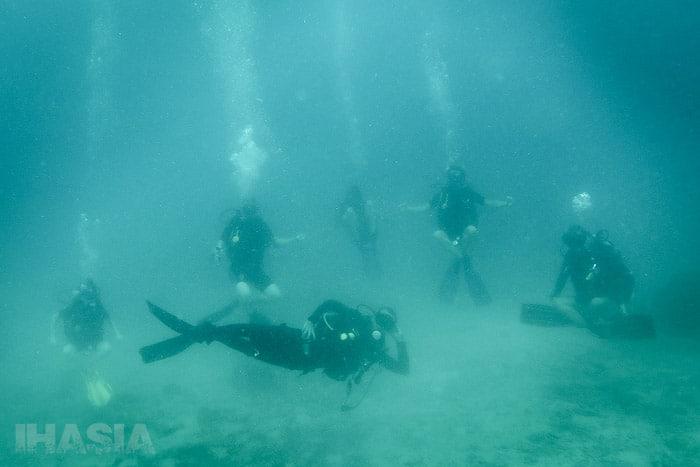 Haciendo uno de los últimos ejercicios de flotabilidad