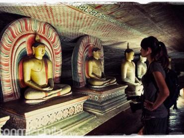 Cap. 05 – A remojo en las cuevas de Dambulla