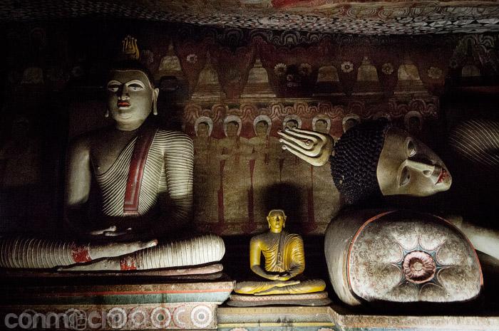 Buda en distintas posiciones