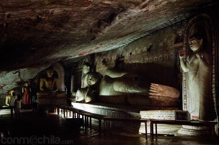 Otra vista del Buda reclinado