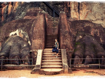 """Cap. 06 – Sigiriya y la """"Roca del León"""""""