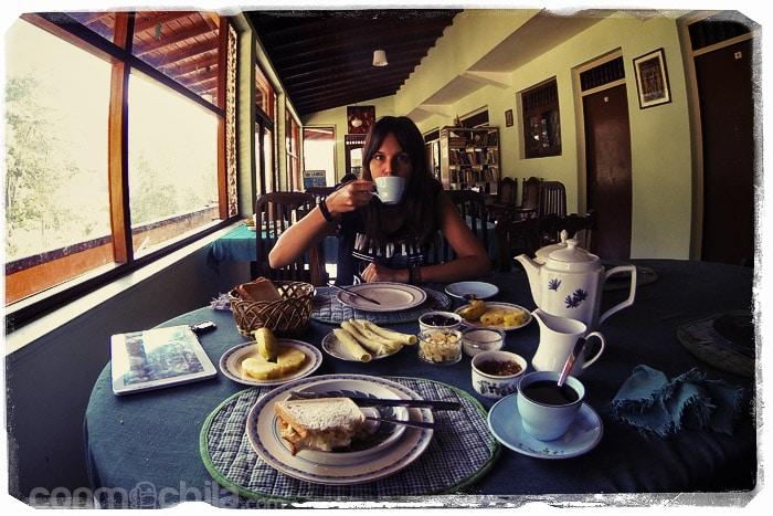 Desayunando antes de partir